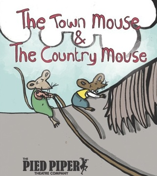 Illustrated Story of The Town Mouse & The Country Mouse